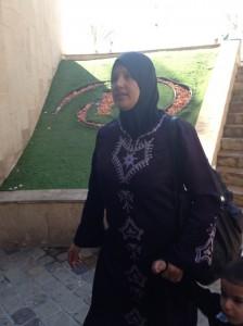 Une arabe Israelienne devant le Hilton de Eilat